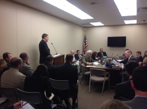 Rep. Koch presents HB 1423 to House Utilities Committee_2014-01-27