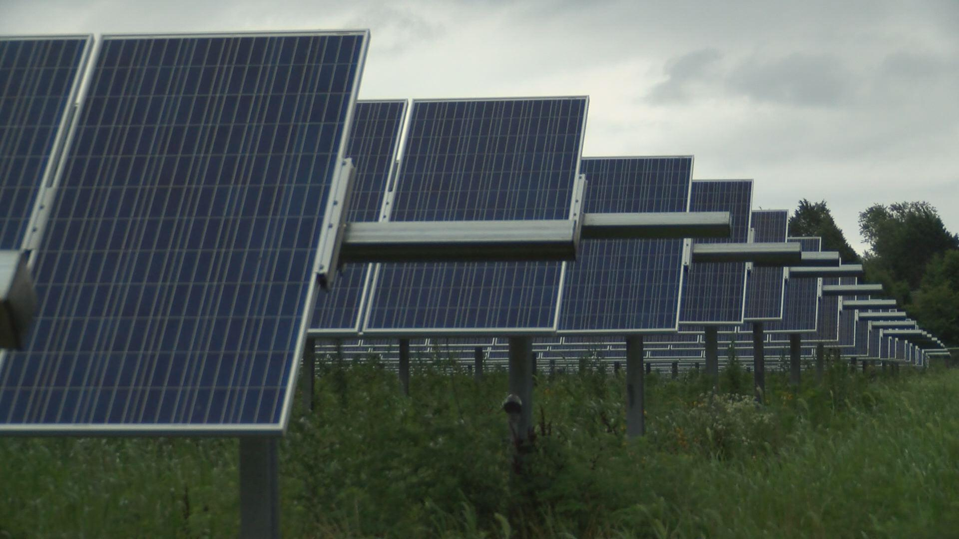 Hoosier Energy Builds Southern Indiana Solar Field To